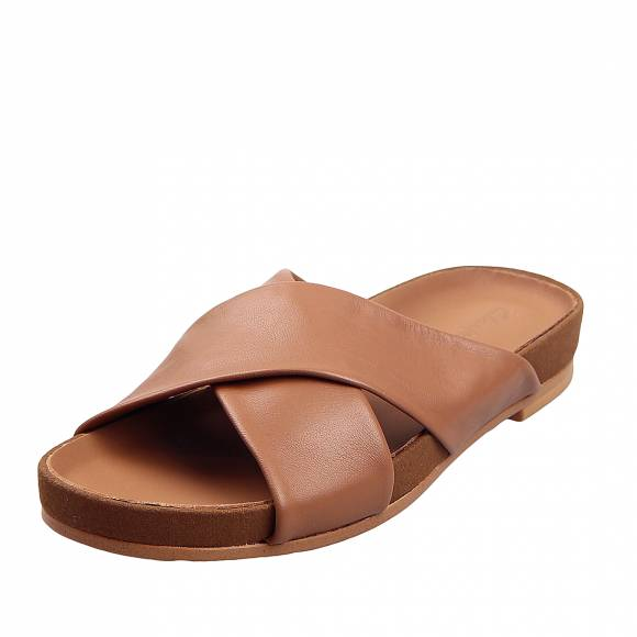 Γυναικεία Flatforms Clarks Pure Cross 26147751 Tan leather
